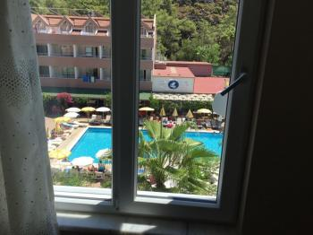 Apartment for Sale in Kemer Center 500 meters away from the sea 3 rooms